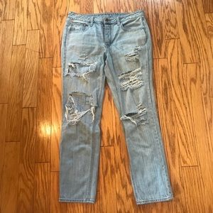 AEO Distressed Tomgirl Jeans